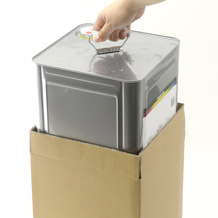 宅配100サイズ】一斗缶の持ち手を使って運搬できるダンボール箱 | 宅配 ...